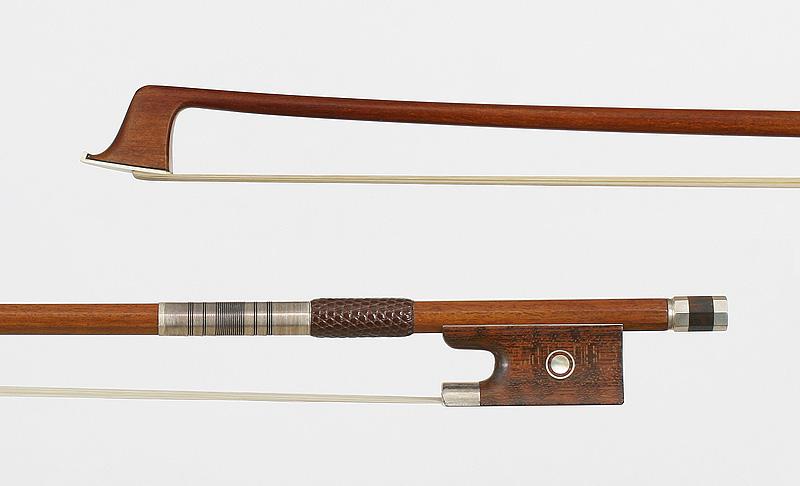 VLB003S - violin bow,  snakewood frog